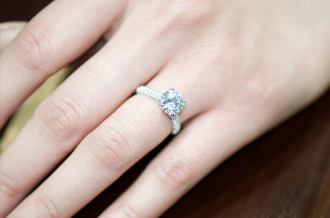 the secret to finding amazing engagement rings - Amazing Wedding Rings